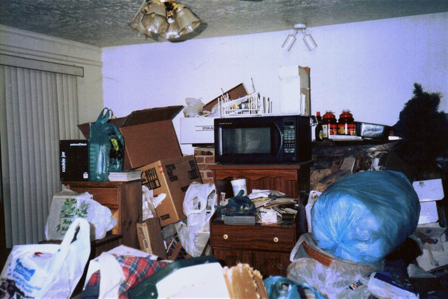 How to properly clean out a house full of junk